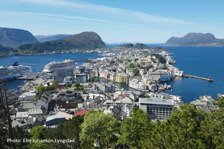 FRAM The Atlantic Road, Molde & Ålesund (one way)