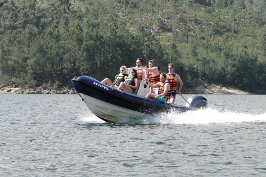 Gerês Holidays Barcos na Caniçada