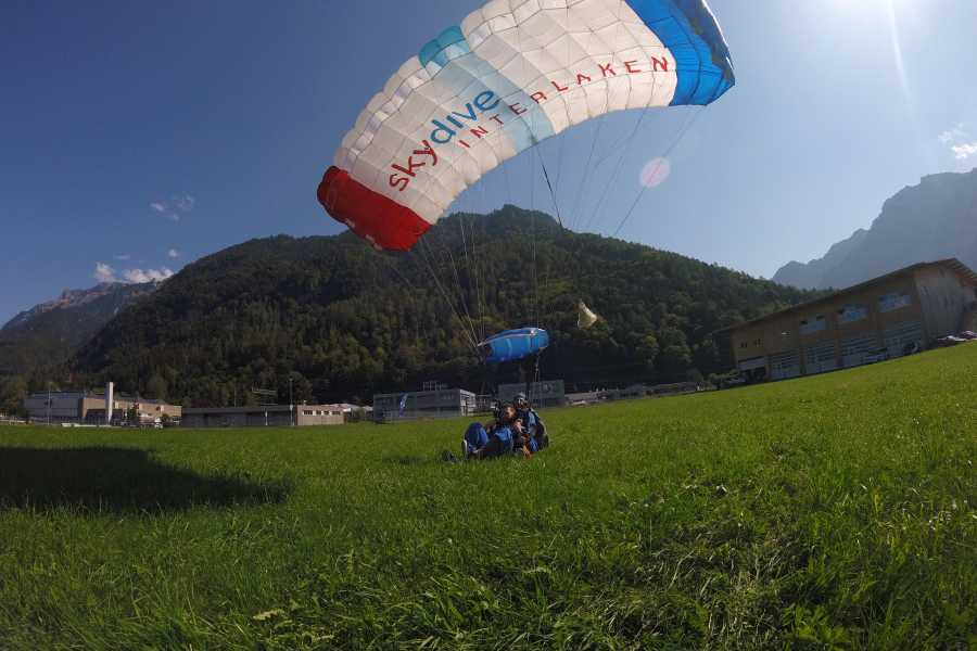 Skydive Interlaken Helikopter Tandem Skydive Interlaken
