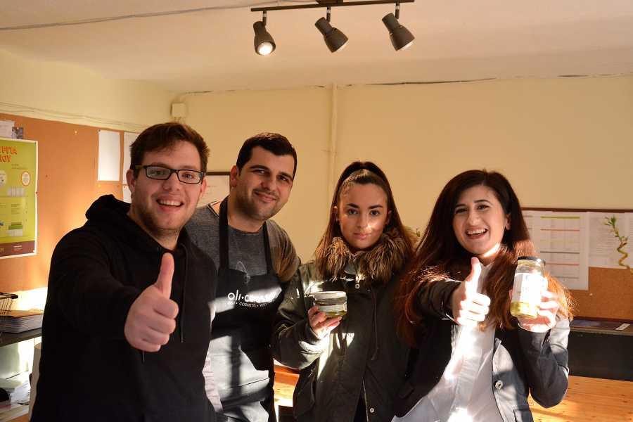 Grekaddict Deli Tasting Tour in Thessaloniki