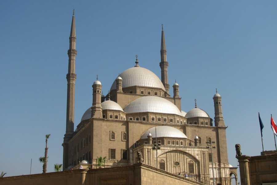 Deluxe Travel PIRAMIDI DEL TOUR PRIVATO DEL CAIRO DI GIZA CITADEL E KHAN EL KHALILI