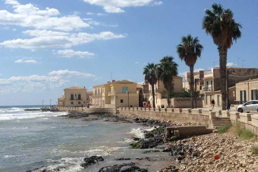 Graffiti Sotto la Lente Italia - Sicilia Orientale