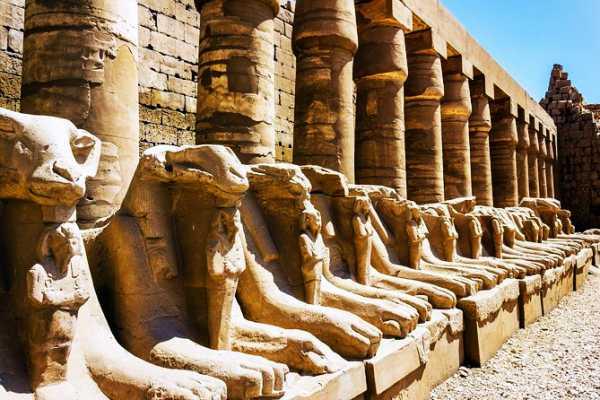 3 Day trip to Giza Pyramids, Luxor and Abu simble
