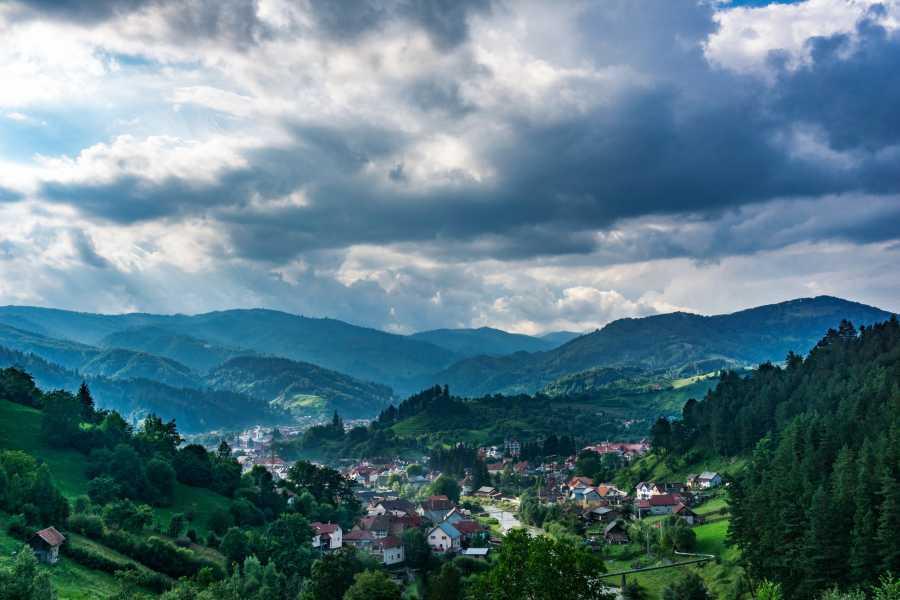 JONA TRAVEL DMC - LUFTHANSA CITY CENTER Amazing Balkan