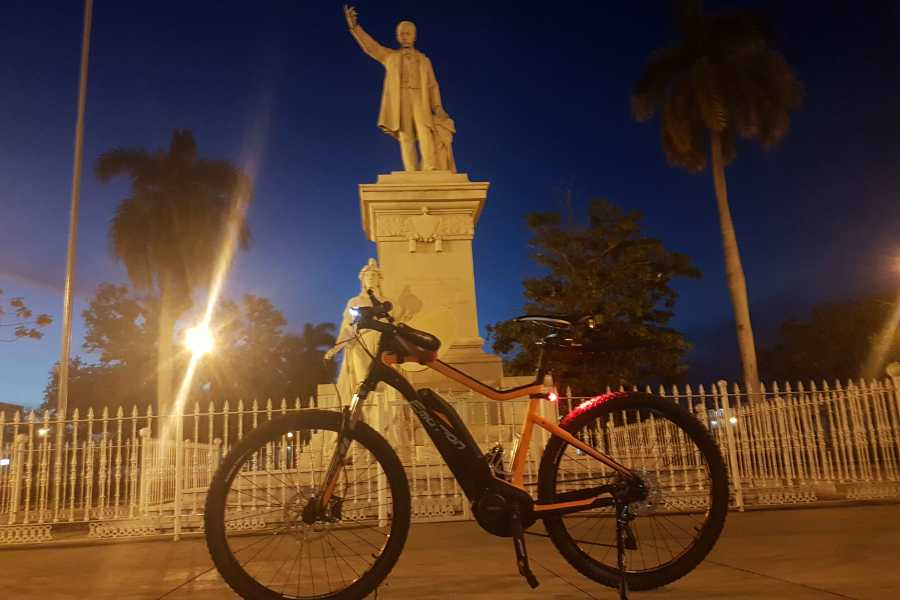 Cubyke Travel One day in Cienfuegos - PRIVAT