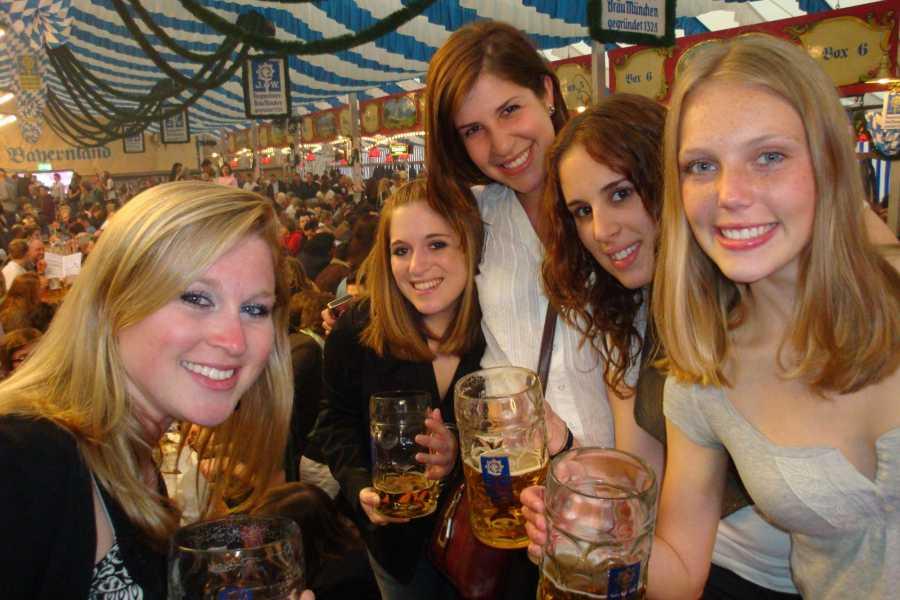 Bus2Alps AG Rome 2 Munich Springfest HOSTEL