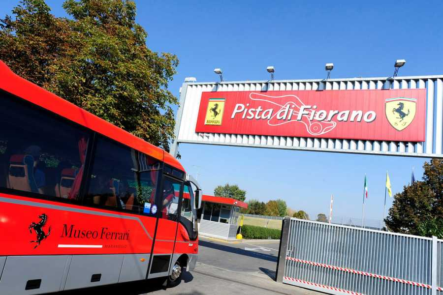 Modenatur MVF/ Ferrari factory tour by shuttle bus