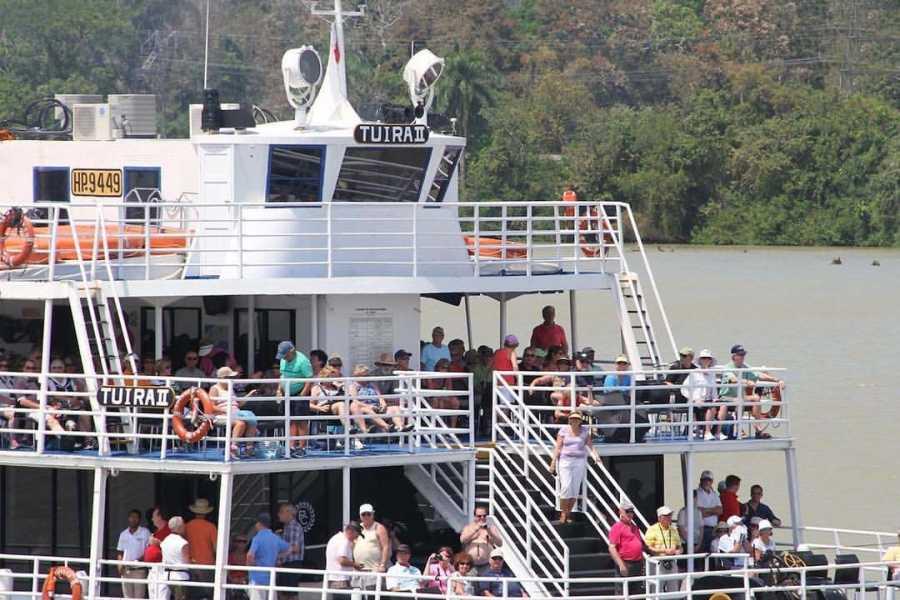 Aventuras 2000 NAPF - PANAMA CANAL PARTIAL TRANSIT