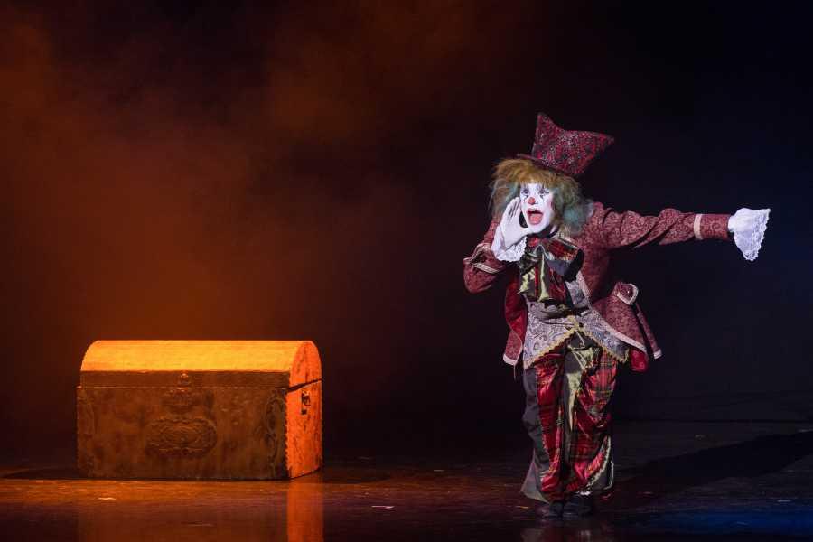 """Promhotels Riccione Theatre Show """"Senza Fili"""""""