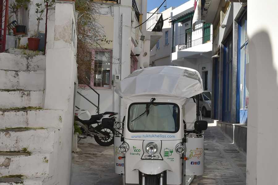 Grekaddict e-TUK Tour of Akrotiri in Santorini
