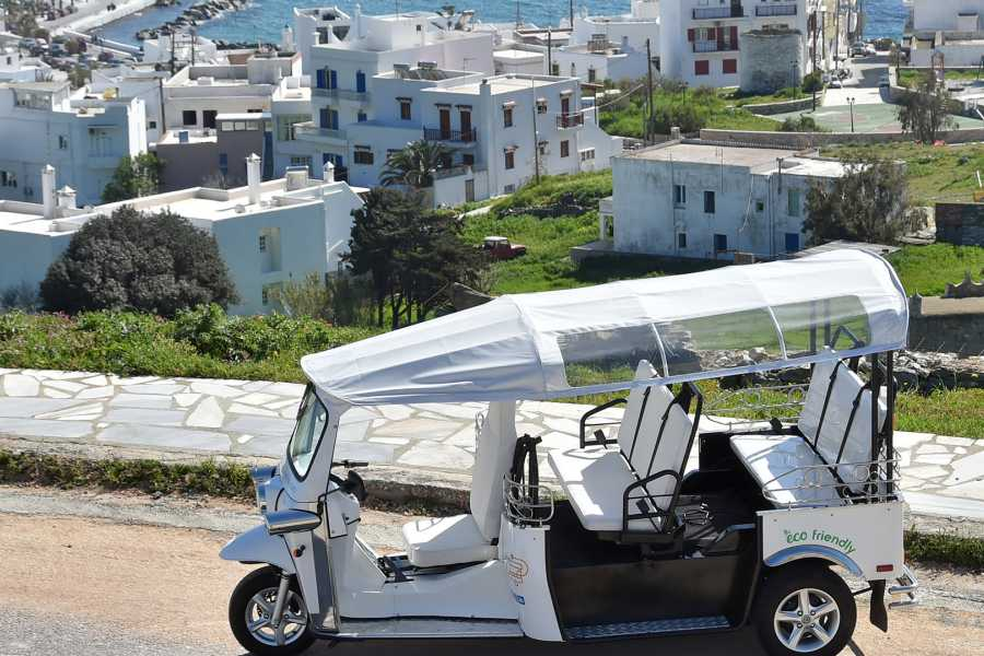 Grekaddict e-TUK Tour of Akrotiri in Santorini