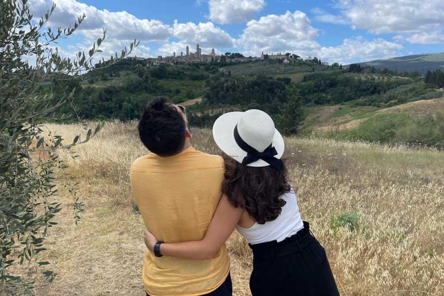 Italy on a Budget tours TUSCANY TUK TUK TOUR FOR 2 FROM SAN GIMIGNANO