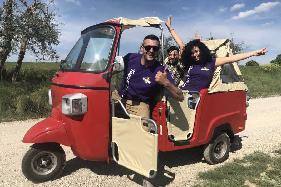 Italy on a Budget tours TUSCANY TUK TUK TOUR FOR 2 FROM SAN GIMIGNANO