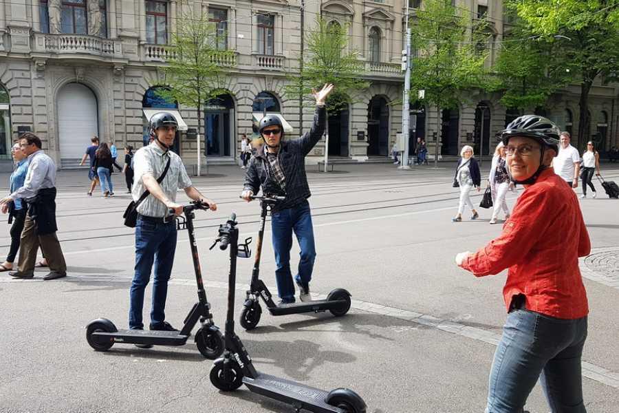 Scooter Tours Individuelle E-Scooter Tour Zürich (für Gruppen)