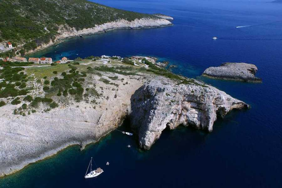 Sugaman Tours Blue Cave Tour from Makarska