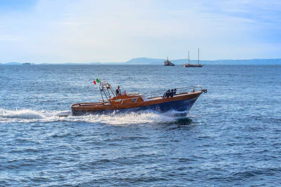 Feeling Italy Concierge Feeling Italy Boat - Amalfi Coast Private Trip (12 persons max.)