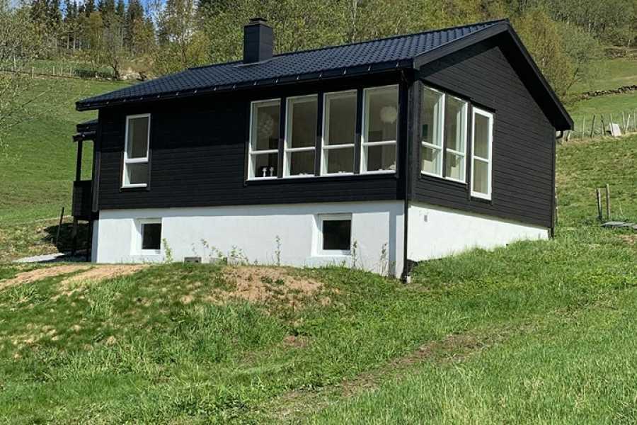 Juklafjord -Jondal Tourist Information House in Krossdalen