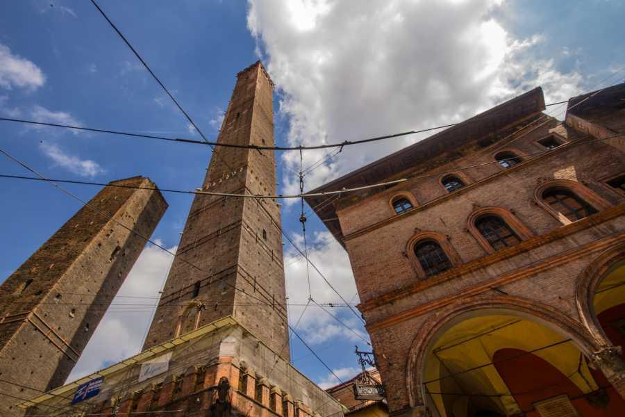 Bologna Welcome Los Secretos de Bolonia: visita guidada en español