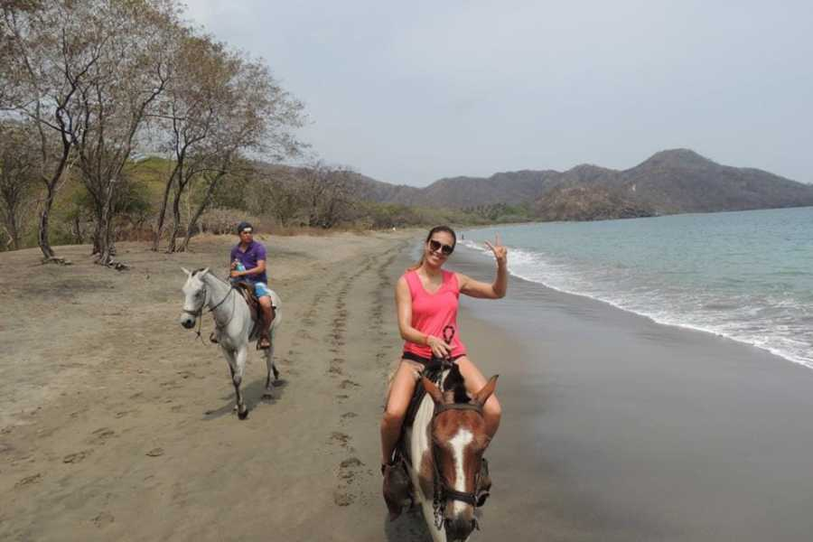 Tour Guanacaste Horseback Riding & Snorkeling RIU Hotel