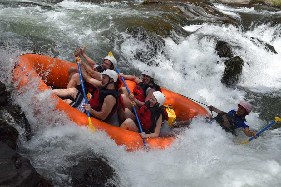 Tour Guanacaste Pacuare Whitewater River Rafting