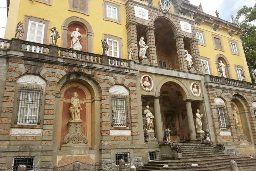 Lucca Adventure Sport Vespa 'Lucca Villas' 160 €