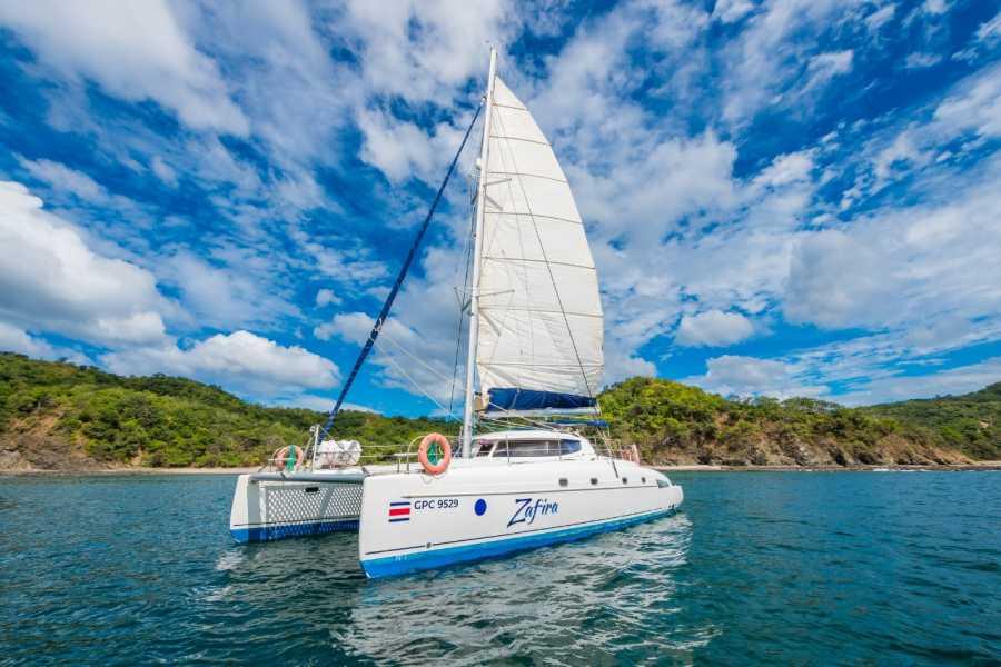 Tour Guanacaste Zafira Catamaran Cruise