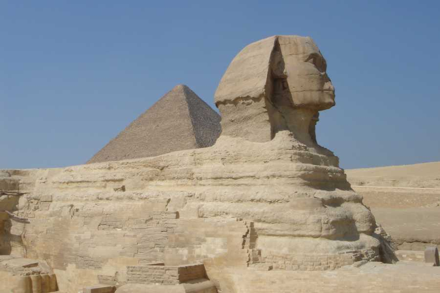 Deluxe Travel Half Day Tour Pyramids of Giza and Sphinx small group