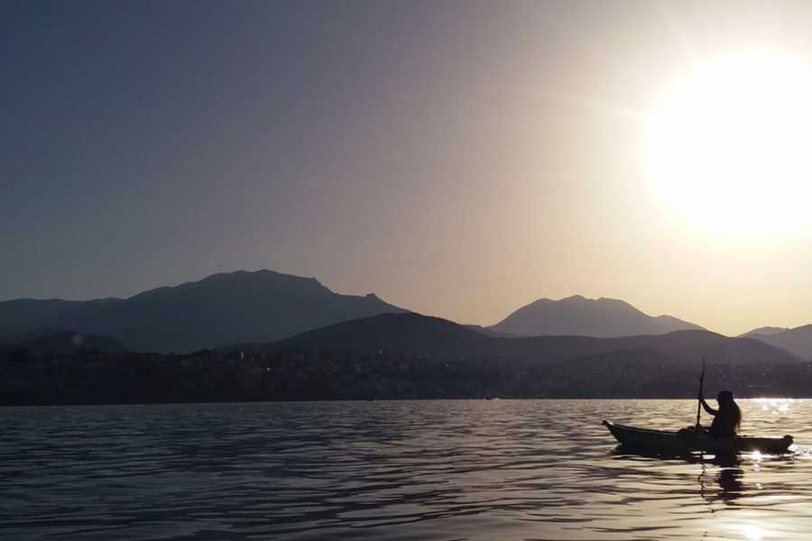 Grekaddict Sea kayaking in Crete