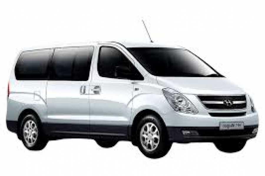 Tour Guanacaste Hyundai H1 Economy Van Rental