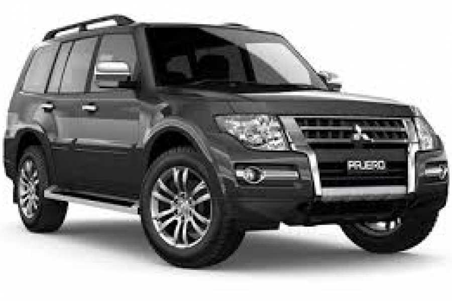 Tour Guanacaste Mitsubishi Montero Avis SUV Rental