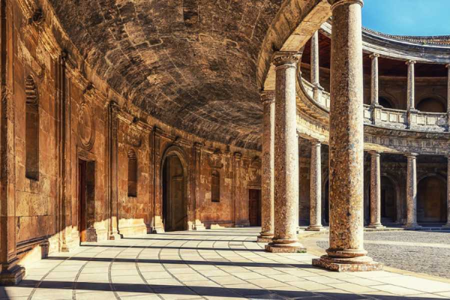Balea Travel Alhambra special guided tour