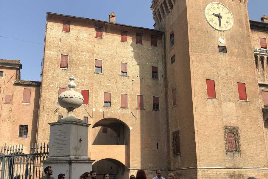 Ravenna Incoming Convention & Visitors Bureau Raccontare Ferrara - Edizione Buskers Festival