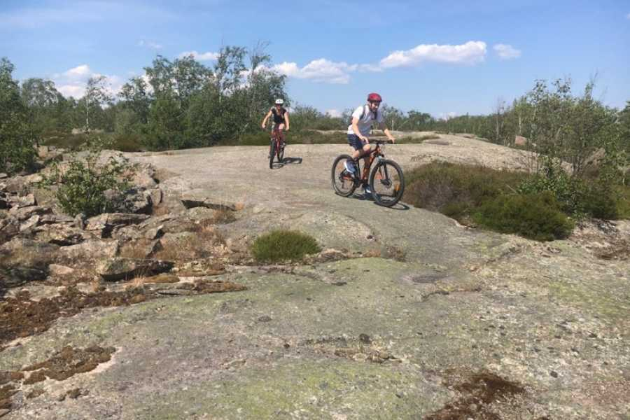 Outdoor West MTB-tour: CURBSTONE
