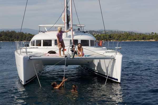 3 Hour WINTER 2021/22 Luxury Sailing Catamaran Cruise