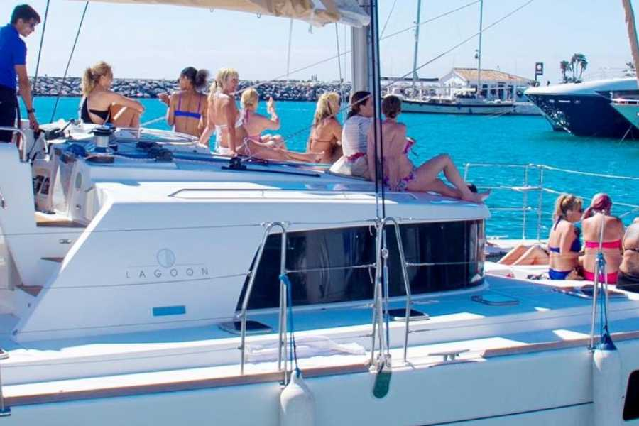 SailandPlay,SLU 3 Hour WINTER 2019/20 Luxury Sailing Catamaran Cruise