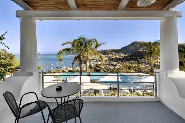 8 DAYS CALABRIA & THE AEOLIAN ISLANDS PRIVATE TOUR