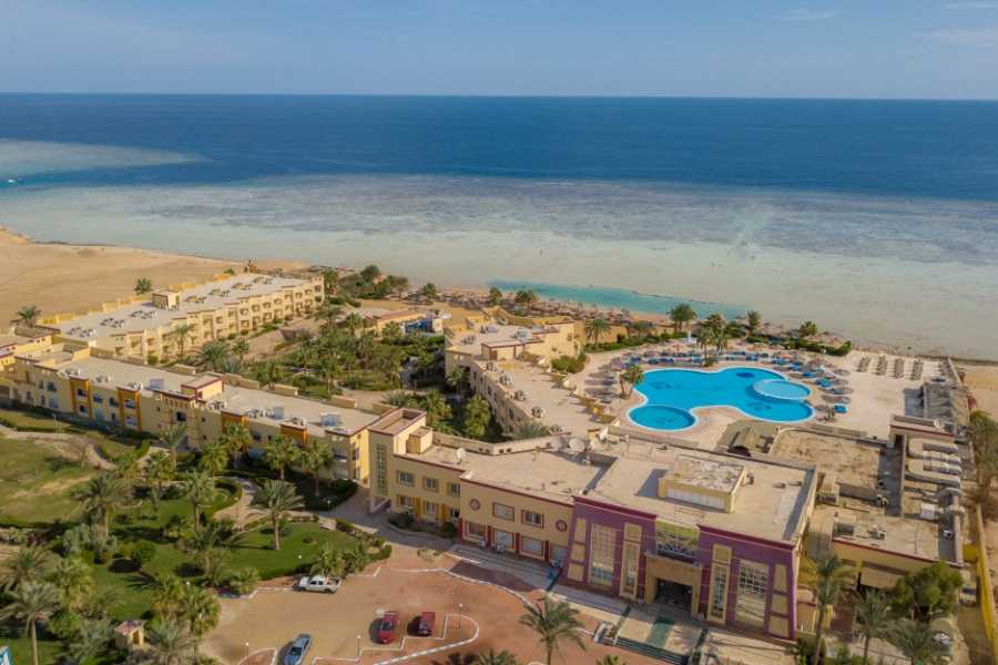 Marsa alam tours Private transfer from Marsa Alam Airport to hotel in Gorgonia beach