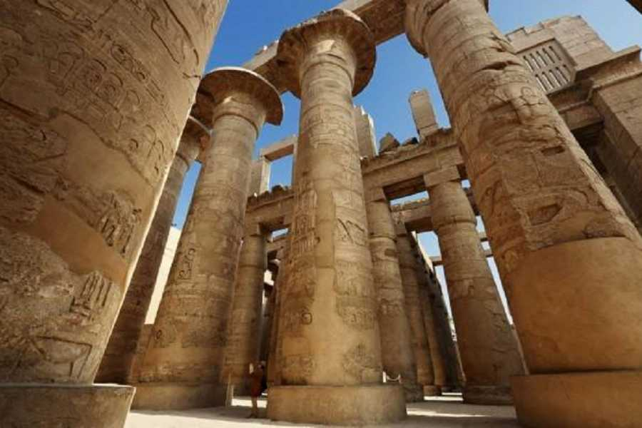 Excursies Egypte 4 Days Nile Cruise from Aswan to Luxor on blue shadow Nile Cruise