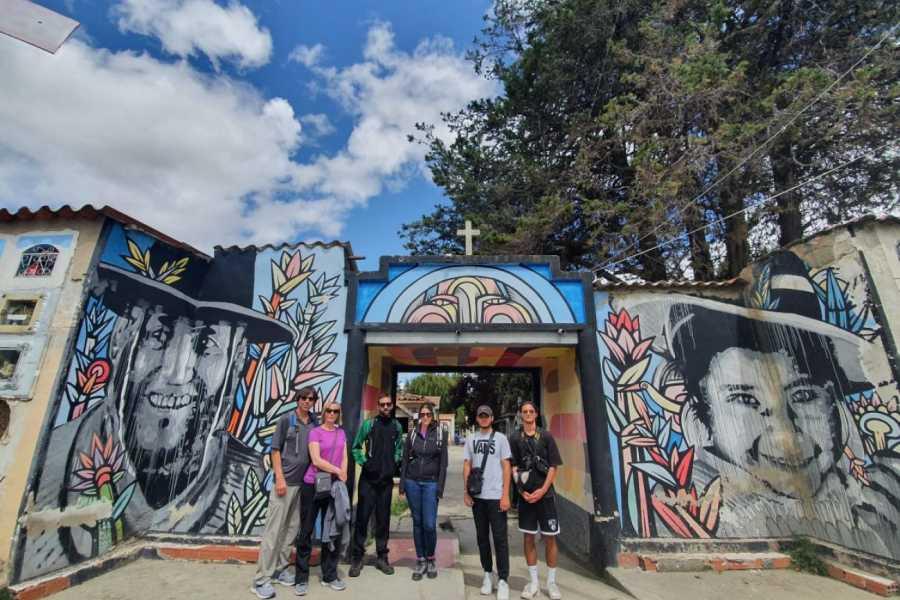 Red Cap City Walking Tours AVENTURE PROLONGÉE À LA PAZ ET TOUR DE TÉLÉPHÉRIQUE!