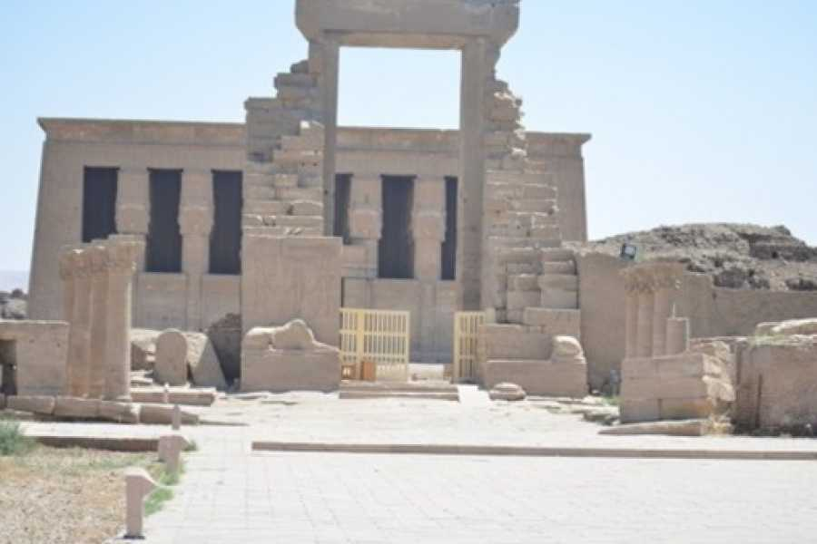 Excursies Egypte Luxor Aswan and Abu Simbel two days tour from Port ghalib