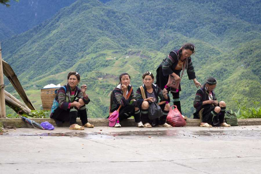 Friends Travel Vietnam * New - Real Sapa Experience - Trekking + Easy Riders - 3D-2N by Morning Bus