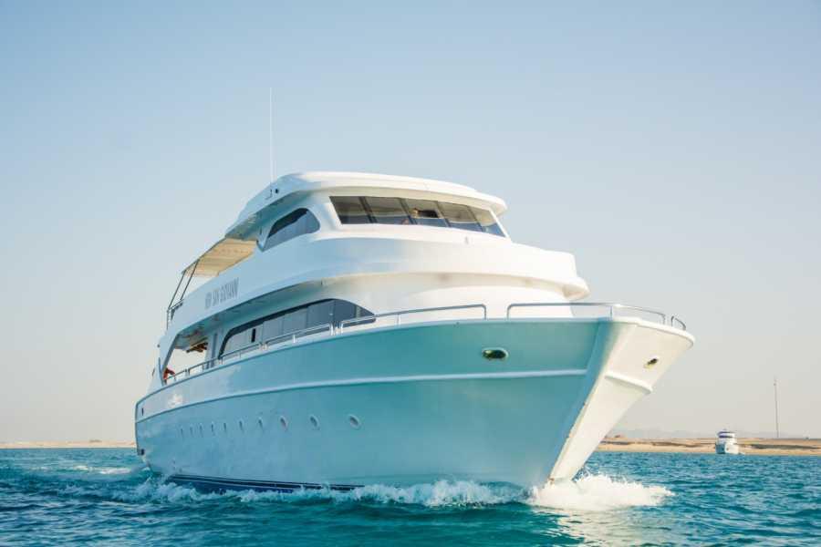 Excursies Egypte Overnachting snorkel excursie bij Satayah dolfijnrif Marsa Alam
