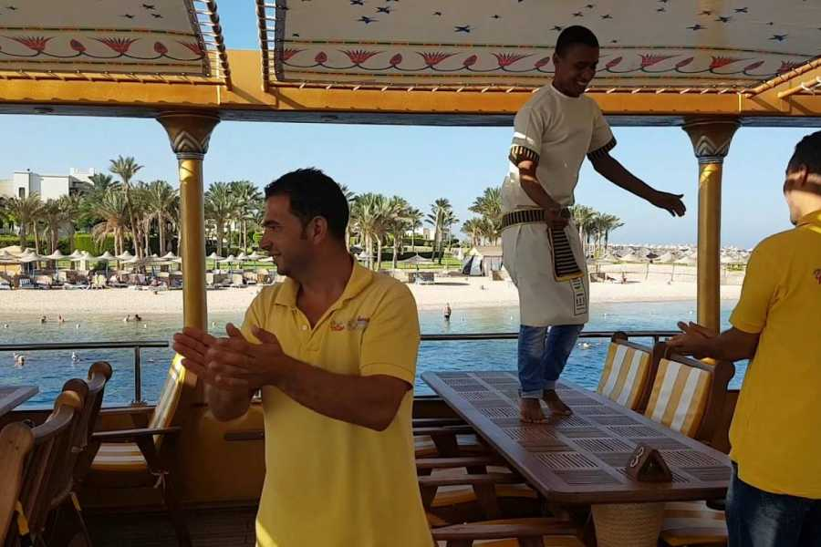 Excursies Egypte Nefertari Seascope boat trip from Marsa Alam