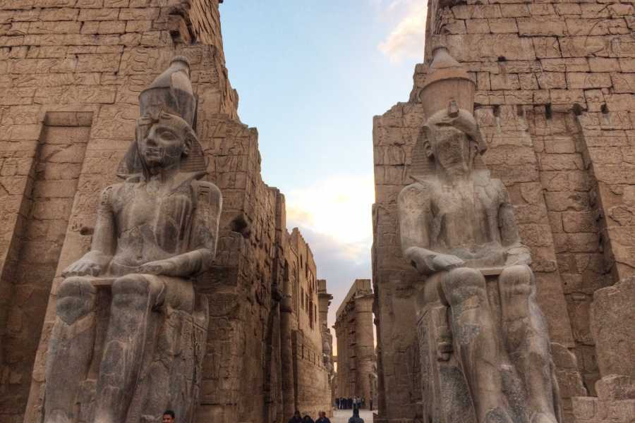 Excursies Egypte Luxor two days tour from Makadi with hotair balloon