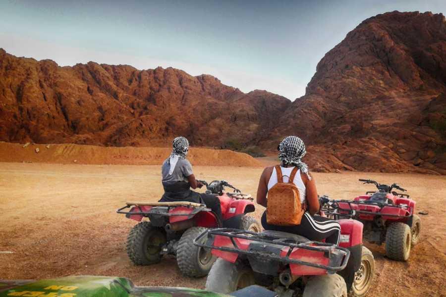 Excursies Egypte Safari au coucher de soleil dans le désert de Makadi en quad