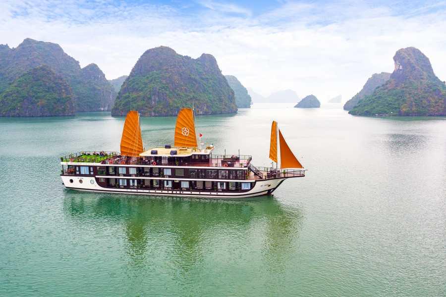 Friends Travel Vietnam Peony Cruise | Lan Ha Bay 2D1N