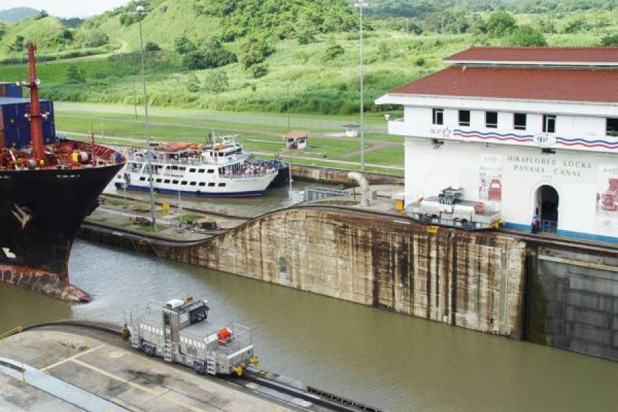 Aventuras 2000 JCI 2020 - Tránsito a través del Canal de Panamá