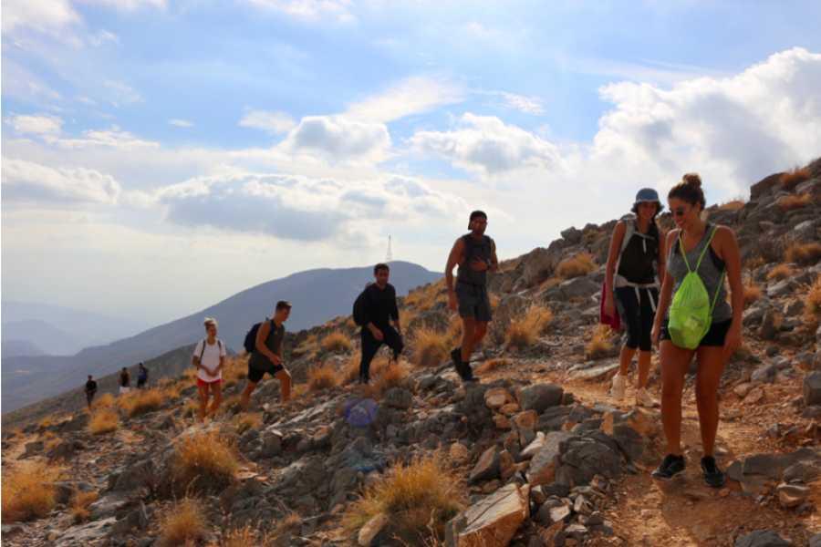 Adventurati Outdoor Ridge Summit Hike - Friday 2 April
