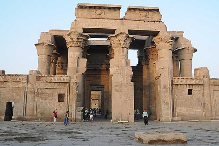Excursies Egypte 6 days trip Nile Cruise and Cairo  from Hurghada