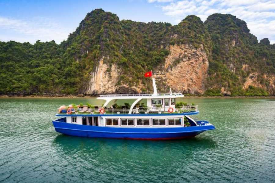 OCEAN TOURS DELUXE Tonkin one day cruise